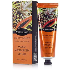 Nongnaka Fruity White Pineapple & Papaya Magic Sunscreen SPF60สร้างมิติให้แลดูกระจ่างใสขึ้น เนื้อโลชั่นใส ไร้ความมันวาว