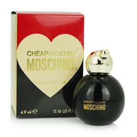 Moschino Cheap And Chic EDT 4.9ml กลิ่นหอมสดชื่นจากดอกไม้และพืชตระกูลส้ม กลิ่นคลาสสิคและตราตรึงจนยากจะห้ามใจ