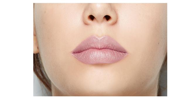 Free W7 Twister Lip Liner Pencil (#Brown #Nude #Red #Pink - Random 1 Pcs)_4