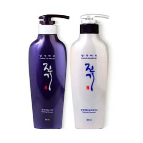 แพ็คคู่ Daeng Gi Meo Ri Vitalizing Shampoo 300ml + Treatment 300ml