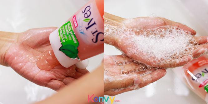 St.Ives Apricot Exfoliating Body Wash 400ml_3