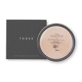 THREE Ultimate diaphanous Loose Powder Glow 17g #02