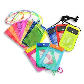 Songkran Sale Waterproof Bag (Random Size & Color) 1pcs(สินค้านี้ไม่ร่วมรายการซื้อ 2 ชิ้นฟรีค่าจัดส่ง)