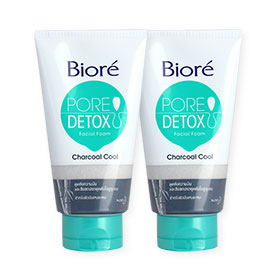 แพ็คคู่ Biore Pore Detox Charcoal Cool Facial Foam (100gx2)