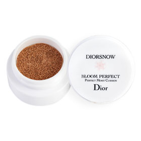 Dior Snow Bloom Perfect Perfect Moist Cushion SPF50-PA+++ 4g #020