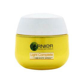 Garnier Light Complete Day SPF20 Serum Cream 50ml
