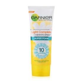 Garnier Skin Naturals Light Complete Super Foam 100ml