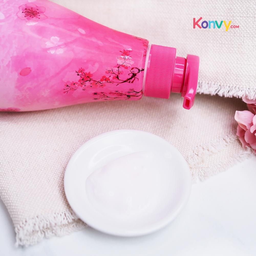 Beauty Buffet Scentio Cherry Blossom Lightening & Smooth Body Lotion 700ml_2
